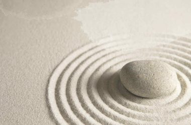 White Zen Image 6855