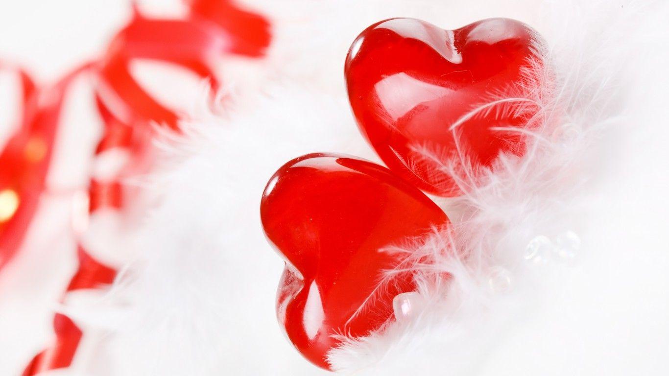 Free Love Heart Wallpaper