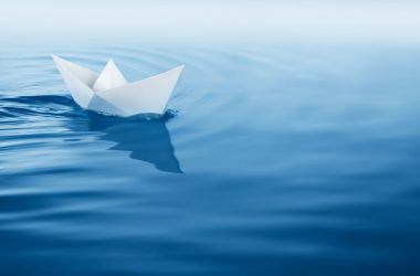 Free Paper Boat Wallpaper