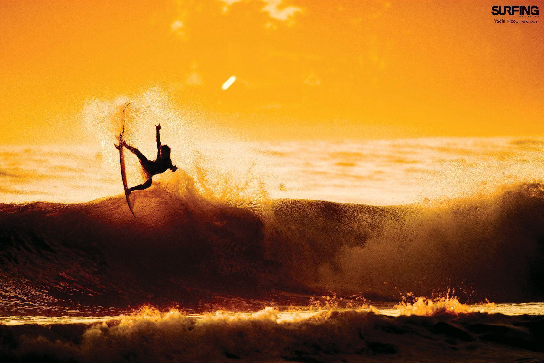 3D Surfing Wallpaper 16566