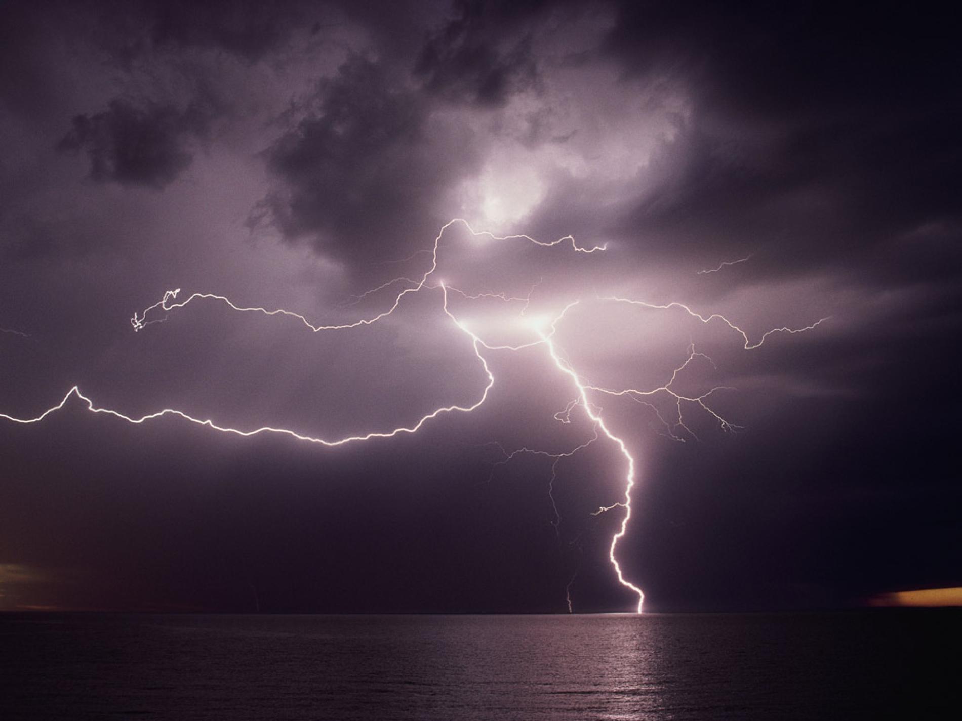 Nice Lightning