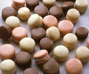 Baking Almond Macroons
