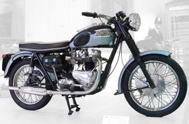 Super Triumph Bonneville