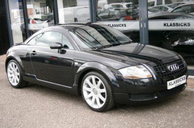 Black Audi TT Quattro image