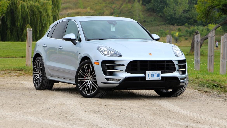 White Porsche Macan S