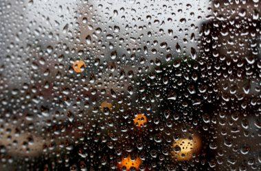 Cool Rain Background 25021