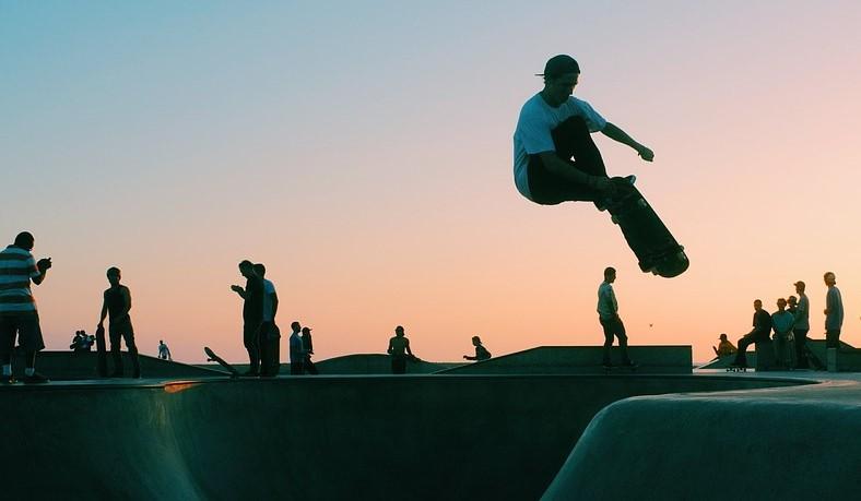 Cool Skateboarding