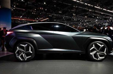 Black Hyundai Vision T 28316