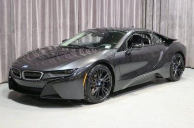 Grey BMW i8