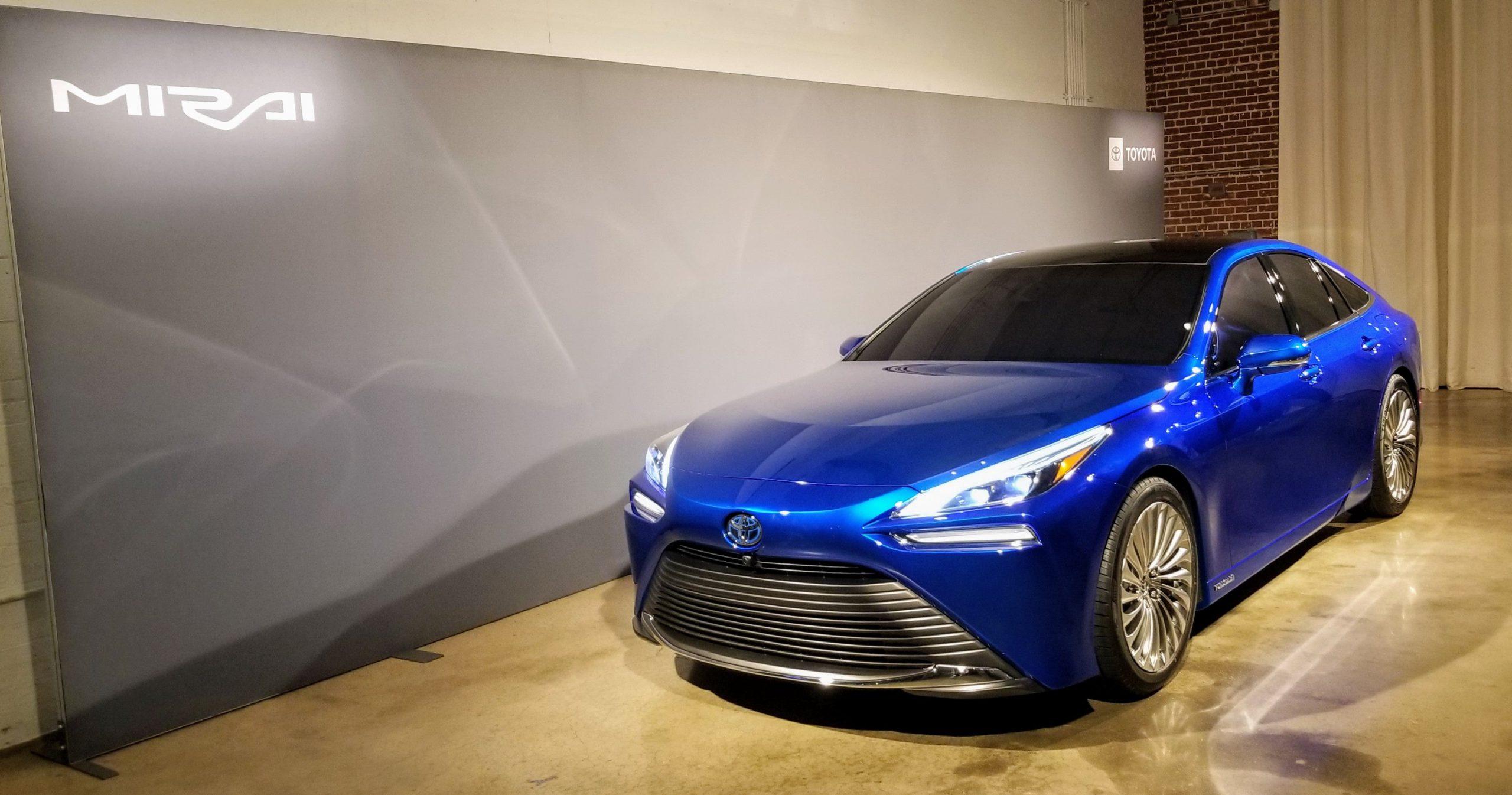 HD Toyota Mirai