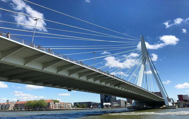 Best Erasmus Bridge