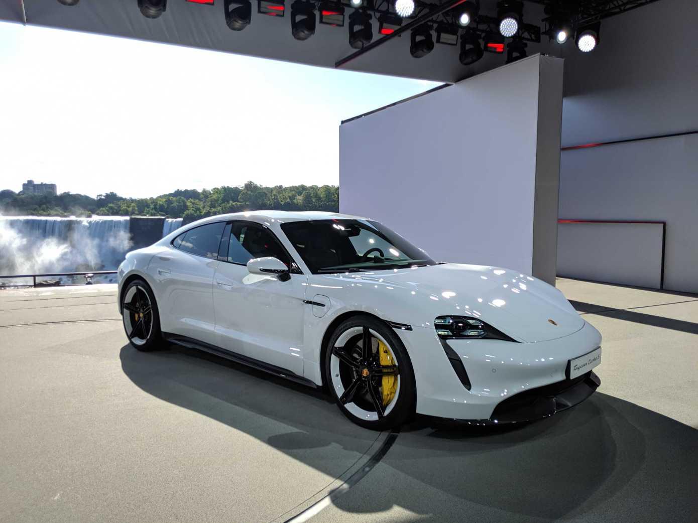 Best Porsche Taycan