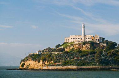 Super Alcatraz Island