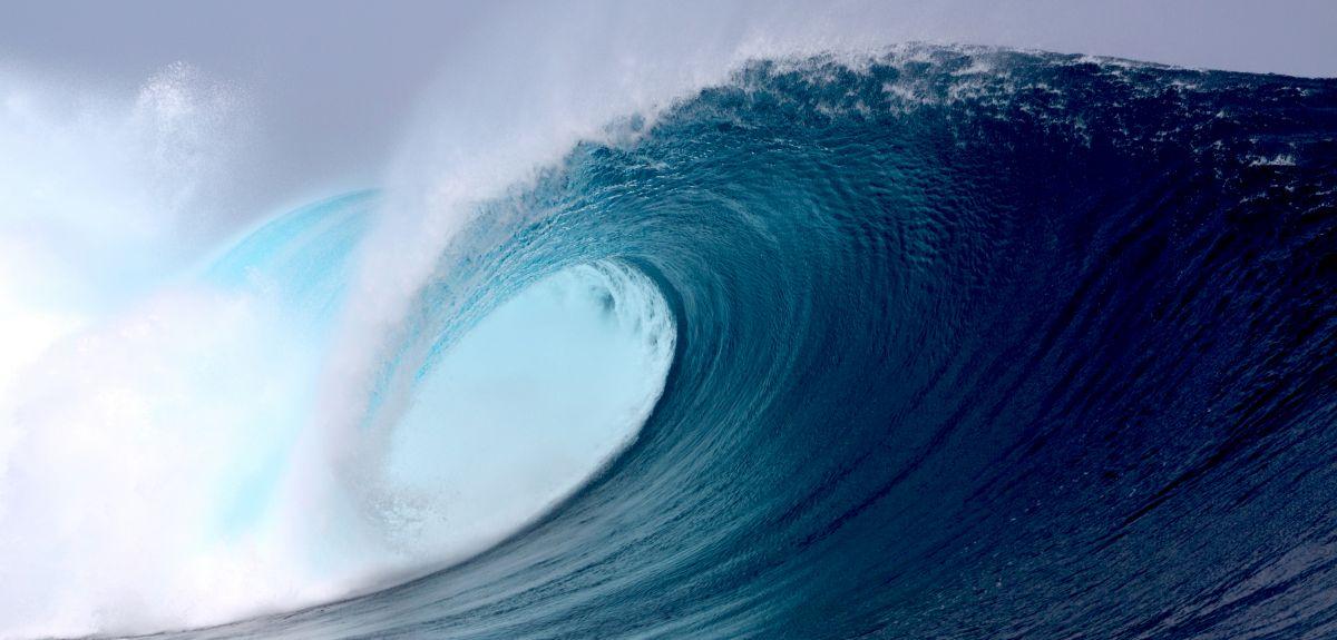 Free Ocean Waves