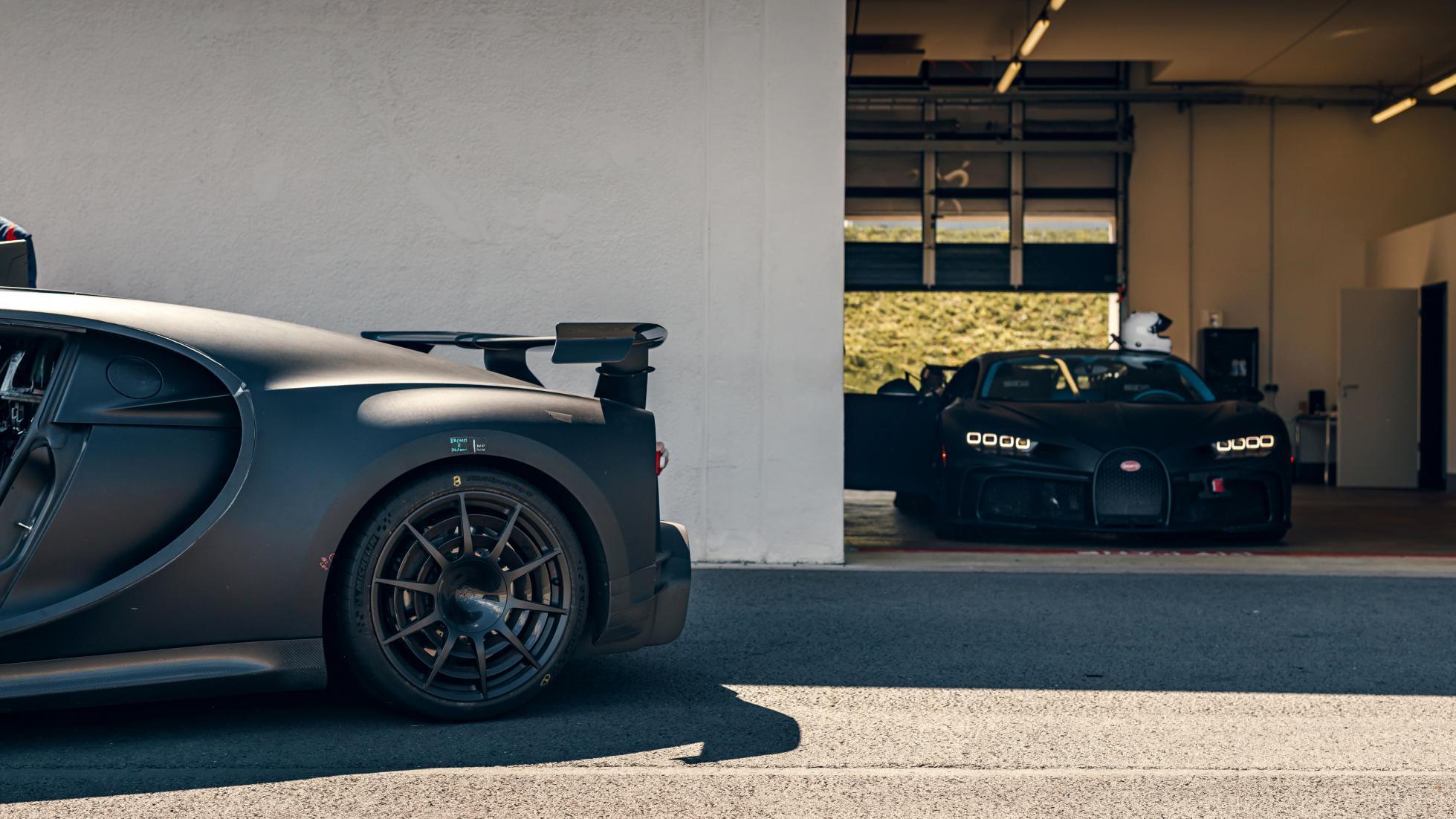 Black Bugatti Chiron Pur Sport