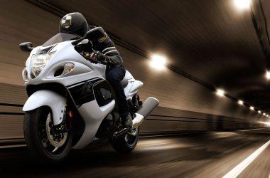 White Suzuki Hayabusa