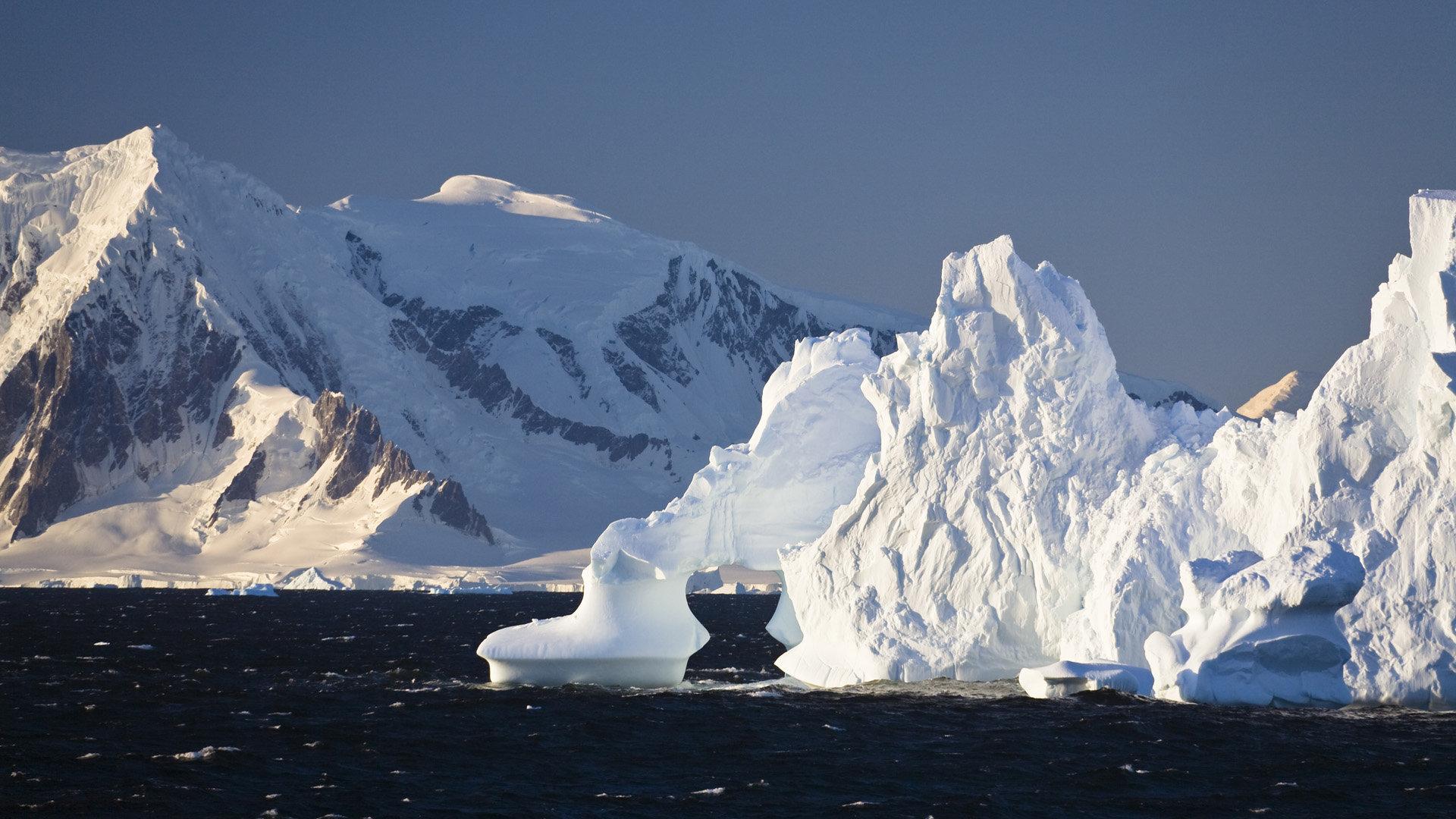 Landscape Iceberg Wallpaper