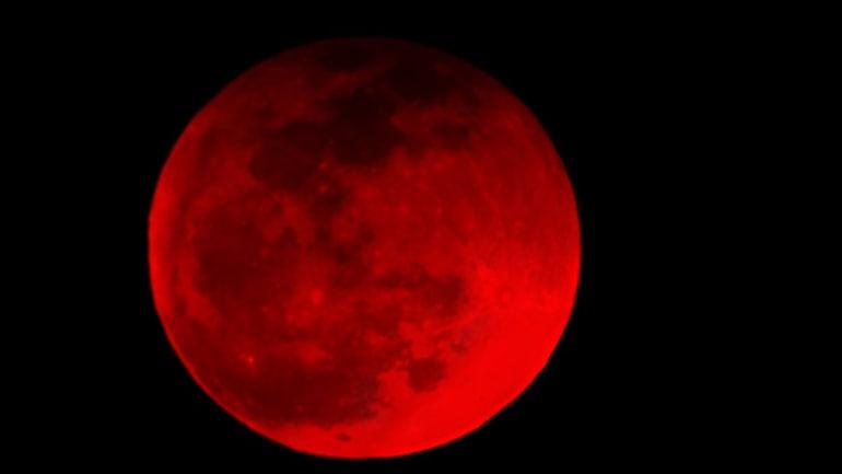 Nice Blood Moon