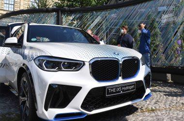 Fantastic BMW iX5 Hydrogen Photo